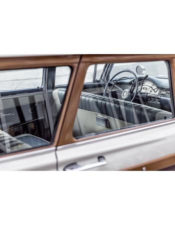 Piękny stary samochód
