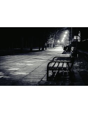 Ławka wieczorową porą