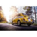 Żółty Fiat 500