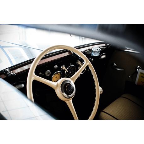 Obraz na płótnie Wnętrze samochodu retro